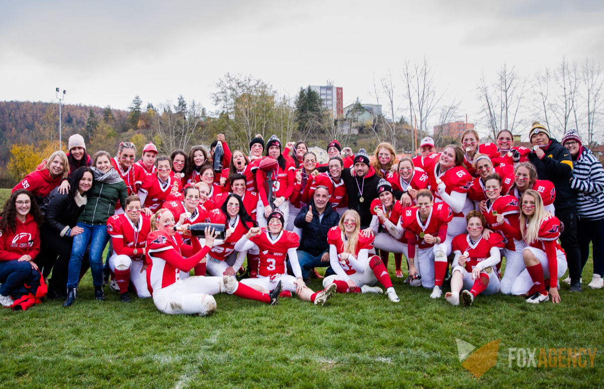 Czech-2019-Amazons-win-Rose-Bowl.png